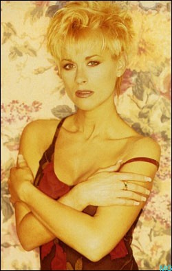 Lorrie Morgan Celebrity Information